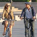 Leonardo DiCaprio and Erin Heatherton bike riding in New York 117649