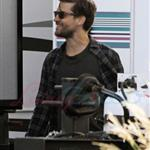 Leonardo DiCaprio in Vancouver with Lukas Haas and Tobey Maguire 67739