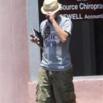 Leonardo DiCaprio leaves the chiropractor in New Orleans 115943