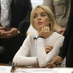 Lindsay Lohan wears white and maybe no bra to court for theft  78654
