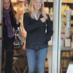 Heather Locklear buys $30K ring from Tiffany in Vancouver 71572