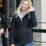 Heather Locklear buys $30K ring from Tiffany in Vancouver 71582