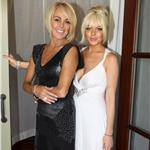 Lindsay Lohan getting ready for Kim Kardashian wedding with her mother 92440