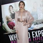 Jennifer Lopez at the Los Angeles premiere of What to Expect When You're Expecting  114591