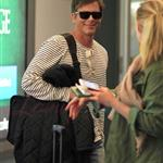 Rob Lowe arrives at the Vancouver Airport 111924