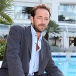 Luke Perry in Cannes for MIPCOM October 2010  70119