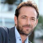 Luke Perry in Cannes for MIPCOM October 2010  70120