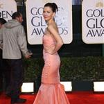 Maggie Gyllenhaal at the Golden Globes 2010  53587