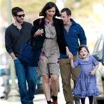 Maggie Gyllenhaal and daughter Ramona with Peter Sarsgaard and Jake Gyllenhaal 54553