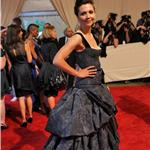 Maggie Gyllenhaal at the Costume Institute Gala 2010  60260