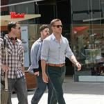 Ryan Gosling on the set of new film with Steve Carell 59126