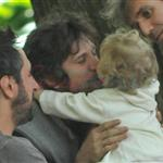 Guillaume Canet plays with his son Marcel in New York 114919