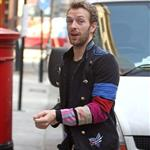 Chris in London arriving at Radio 1 today 31700