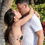 Megan Fox and Brian Austin Green confirm her pregnancy with photo shoot in Hawaii  119183