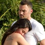 Megan Fox and Brian Austin Green confirm her pregnancy with photo shoot in Hawaii  119189