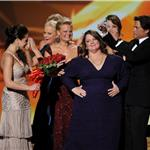Melissa McCarthy wins at the Emmy Awards 2011 94644
