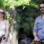 Michael Sheen Rachel McAdams go for bike ride in Toronto July 2011 90026