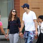 Ahston Kutcher and Mila Kunis in New York  126740
