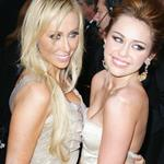 Miley and Tish Cyrus at the 2010 Oscars  56329