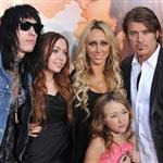 The Cyrus family at The Last Song premiere 57625