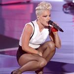 Pink performs at the 2012 MTV VMAs 125391