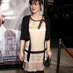 Winona Ryder at LA premiere of Milk 27520
