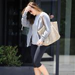 Minka Kelly leaves a hair salon in Beverly Hills 117586
