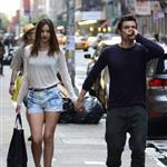 Miranda Kerr and Orlando Bloom hold hands in New York 118611