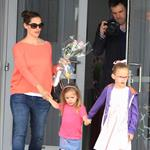 Jennifer Garner with Ben Affleck and their daughters on Mother's Day 114384