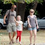 Anna Paquin and Stephen Moyer with his daughter  45340