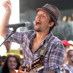 Jason Mraz performs on The Today Show August 2009 44324