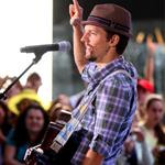 Jason Mraz performs on The Today Show August 2009 44322