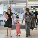 Nicole Kidman and Keith Urban with their daughters at the Sydney airport  107732