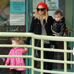 Nicole Richie takes her kids out to the indoor playground January 2011 76101