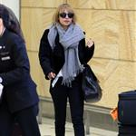 Nicole Richie arrives at the Sydney airport  115427