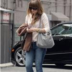 Olivia Wilde out for lunch in LA June 2011 87040