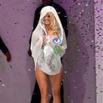 Pamela Anderson exposes herself on the runway in New Zealand 47717
