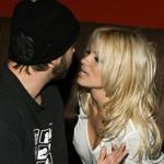 Pamela Anderson files for divorce from Rick Salomon 15702
