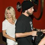 Pamela Anderson files for divorce from Rick Salomon 15703