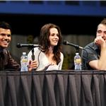 Taylor Lautner, Kristen Stewart and Robert Pattinson at Comic-Con for Breaking Dawn 90534