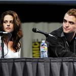 Kristen Stewart and Robert Pattinson at Comic-Con for Breaking Dawn 90536