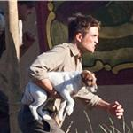Robert Pattinson dog rescue Water for Elephants July 2010  64733