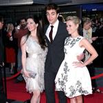 Reese Witherspoon and Robert Pattinson at the Water For Elephants NY premiere 83324