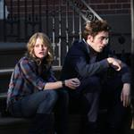 Robert Pattinson and Emilie de Ravin shoot Remember Me in New York 43019