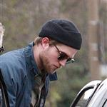 Robert Pattinson in London with his sister 52699