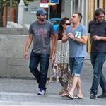 Penelope Cruz and Javier Barden dine with friends in Madrid 121062