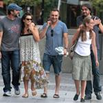 Penelope Cruz and Javier Barden dine with friends in Madrid 121064