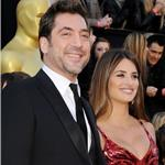Penelope Cruz and Javier Bardem at Oscars 2011  80375