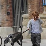 Peter Dinklage walks his dog in New York 84898