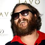 Joaquin Phoenix raps in Vegas and falls off stage while Casey Affleck films him 30925